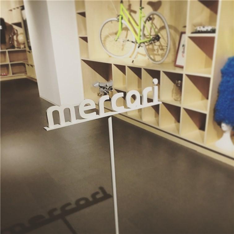 mercari-corporate-logo-display